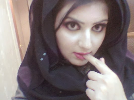 امينه فتاه سعوديه جميله عمرها 28 عام تقيم في مدينة الرياض تبحث عن شاب عربي للارتباط الشرعي به على ان مستعدا للاقامه في السعوديه