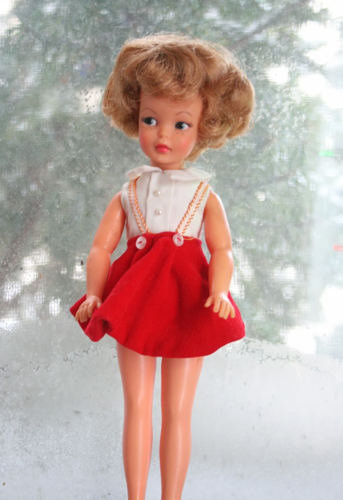 The Dolls Between Us: PLANET OF THE DOLLS: Doll-A-Day, Day 6: Pepper