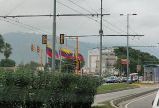 Sad Images of Hugo Chavez's Trolleybus - Estacion Alto Chama - other side