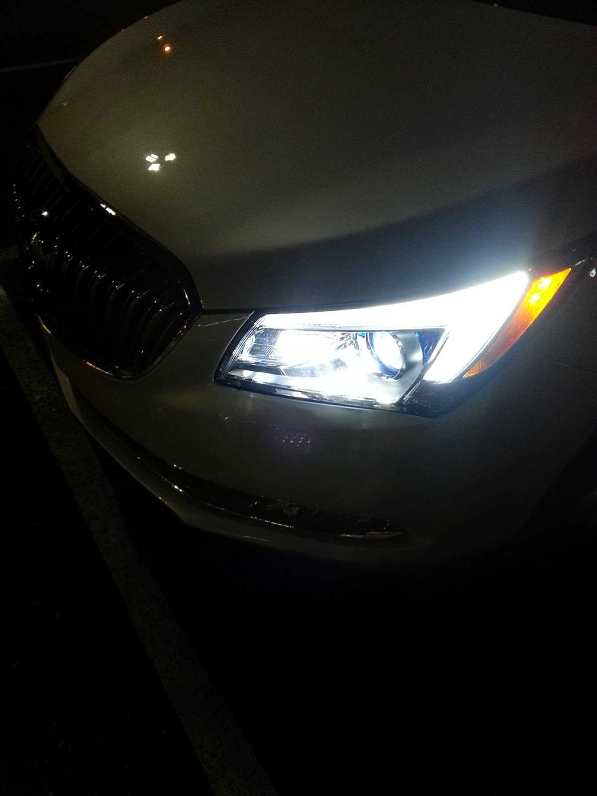 Please Note Factory 2017 Buick Lacrosse Projector Headlights Come Equip With 9006 Halogen Bulbs I Was Originally Provided H11 Series By Hid Vendor