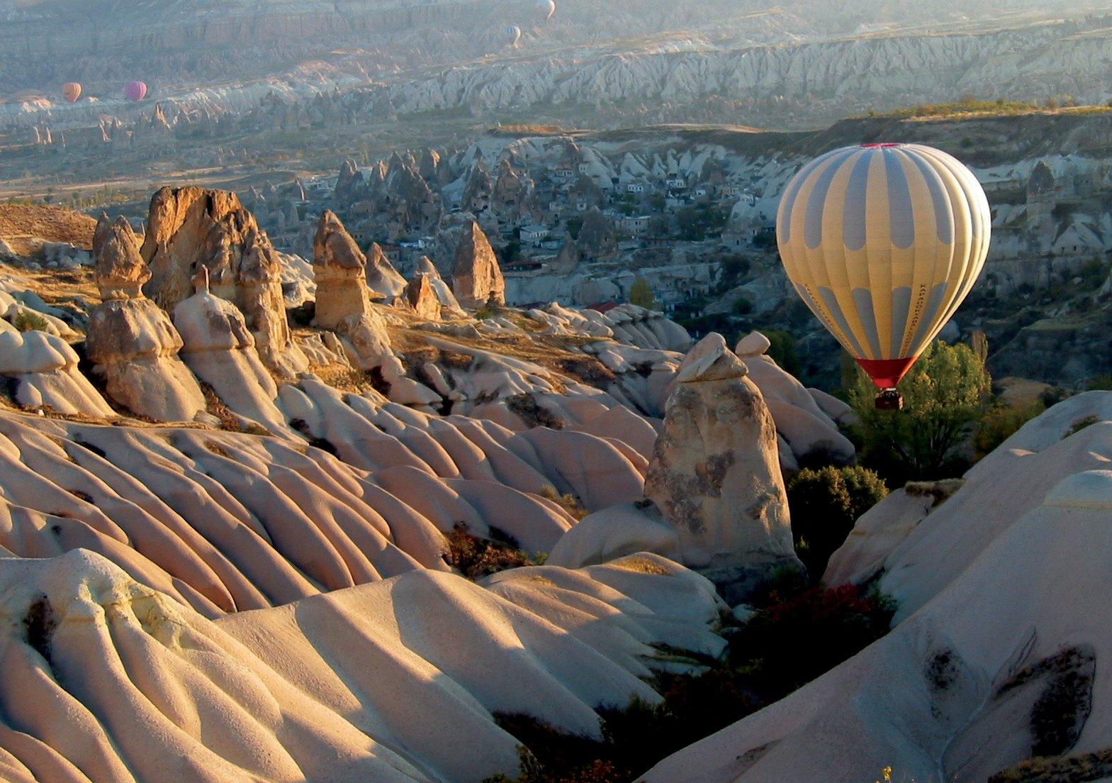 Phoebettmh Travel: (Turkey) – Cappadocia - Land of fairy ...