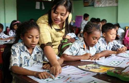 Kemendikbud Mengembangkan Living Curriculum