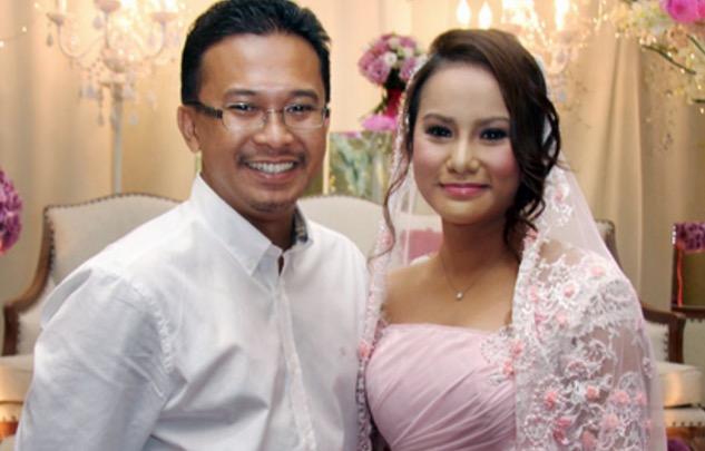 Akhirnya Bekas Suami Elly Mazlein Jawab Isu Cerai