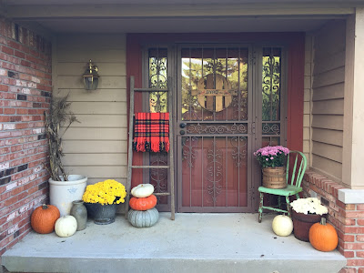 My Vintage Fall Front Porch