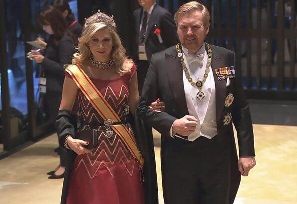 Victoria in Elie Saab gown. Queen Maxima in Jan Taminiau gown. Queen Letizia in Carolina Herrera gown, diamond tiara. Mary in Valentino