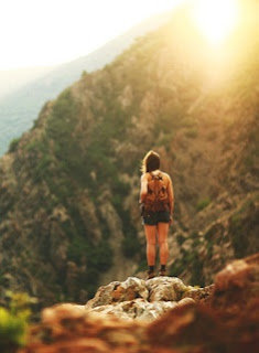 solo travel tips for traveling alone