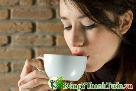 Hạn chế uống cà phê giúp phòng ngừa hôi miệng