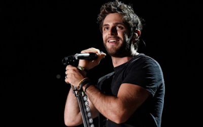 """Lirik Lagu Thomas Rhett - Tangled"""