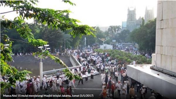 Massa Aksi Simpatik 55 Mulai Padati Istiqlal