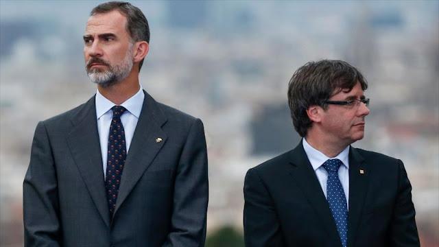 Puigdemont: Rey Felipe VI apoya agresiones contra catalanes