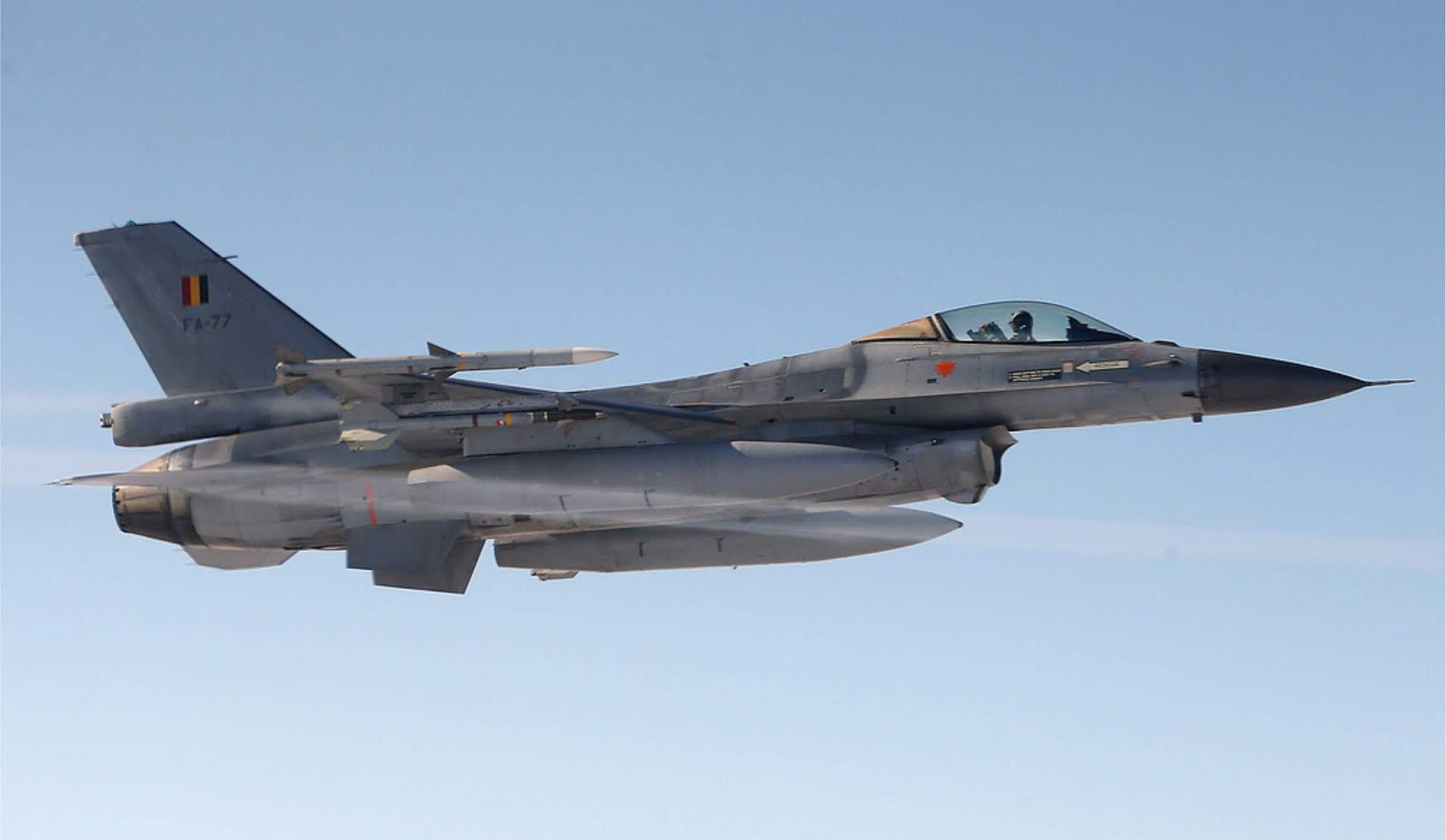 Kementerian Pertahanan Belgia mengangabarkan pencegatan sekelompok Su-27 Rusia di Baltik