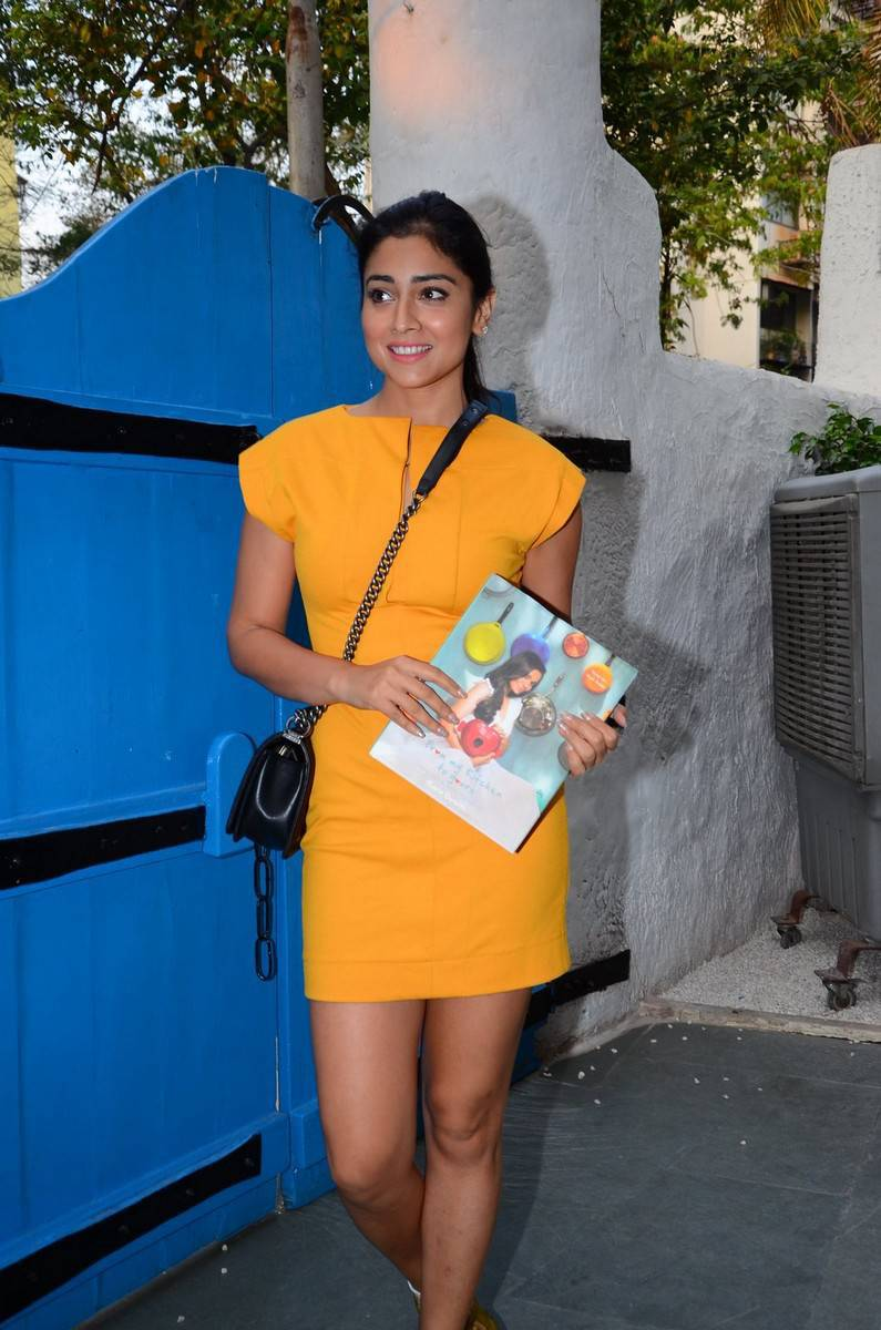 Indian Actress Shriya Saran Hot Thighs Legs Show Photos In Mini Yellow Dress