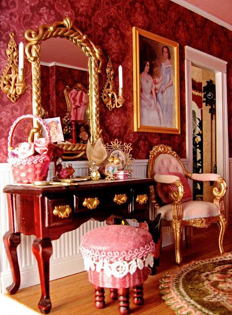 dollhouse vanity
