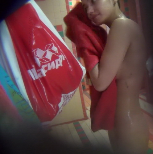 Hidden camera in the women's shower gym club (Showerroom 1079-1088)