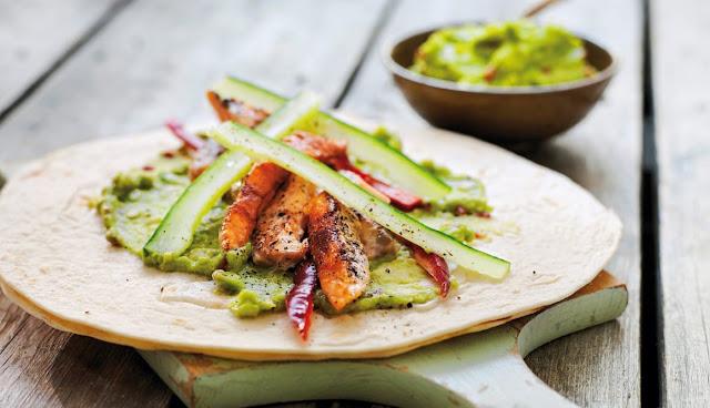 Tacos de Salmón Noruego fresco con guacamole