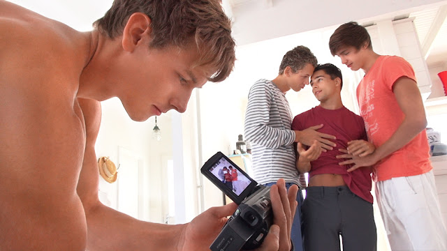 Freshmen - Gino with Kevin, Helmut & Jerome part 1