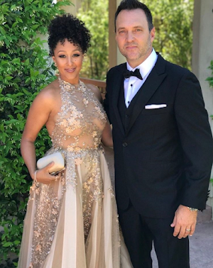 Tamera Mowry and her cute hubby looks stun at the Daytime Emmys
