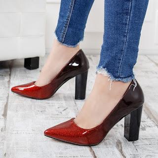 Pantofi Palpy negrii cu rosu eleganti cu toc gros in piele lacuita in degrade