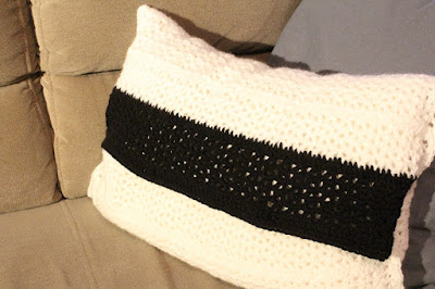 poduszka robiona na szydełku, wzór