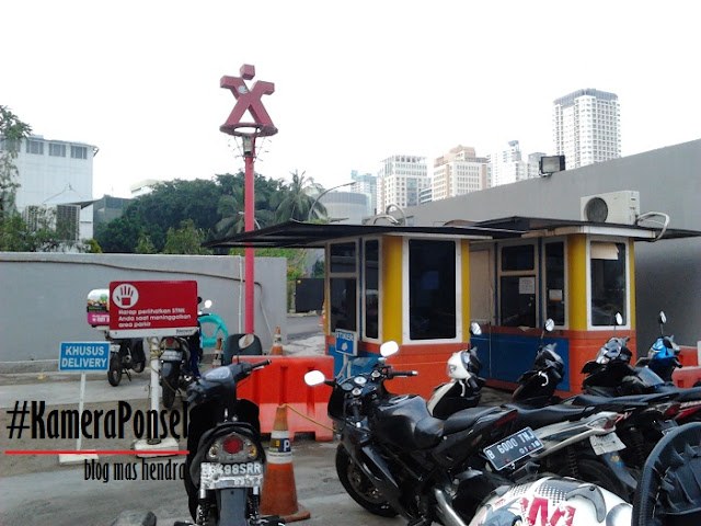 Parkir Motor di Plaza eX - Blog Mas Hendra