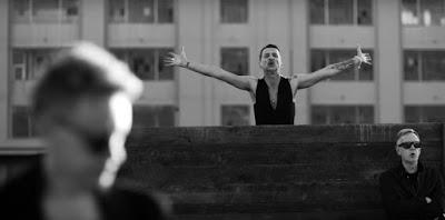 Nuevo videoclip de Depeche Mode (dirigido por Anton Corbijn, claro): 'Where's the Revolution'