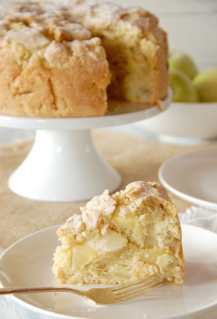 IRISH APPLE CAKE WITH CUSTARD SAUCE