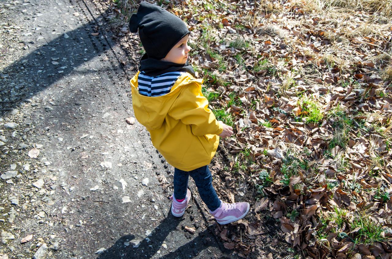kurtka na wiosnę dla dziewczynki