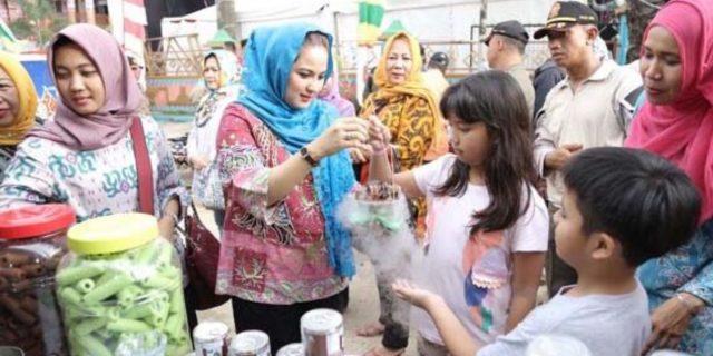 """Ibu Yustin Menilai Masyarakat Merasakan Manfaat """"Lampung Fair"""",   Diperkirakan Nilai Transaksi Capai Rp18 Miliar"""
