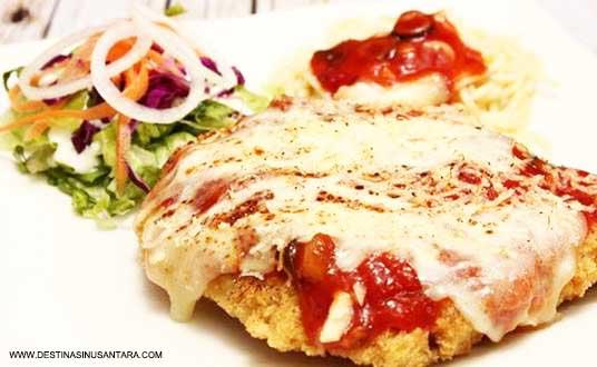 Ayam Geprek Karedok and Joy B'Punch sangat cocok untuk hidangan saat berada di mall cimahi bandung.