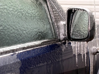 Tipp: So öffnen Sie zugefrorene Autotüren