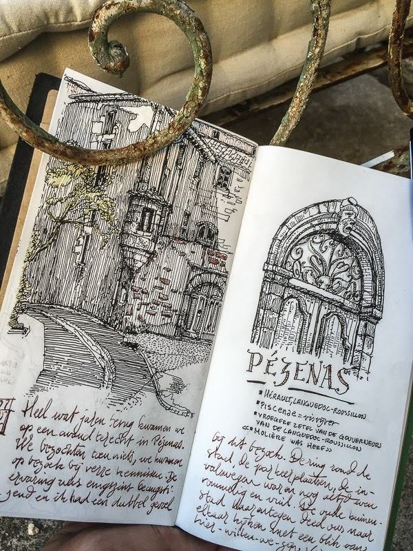 11-Pézenas-dessinauteur-Urban-Sketches-and-Travel-Journals-on-Moleskine-www-designstack-co