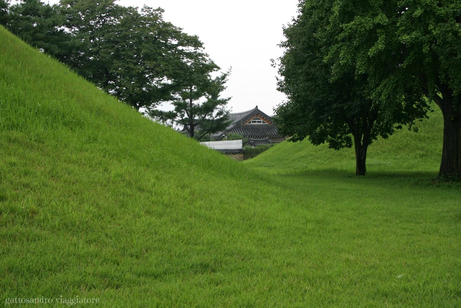 Tombe reali Daeneugwon