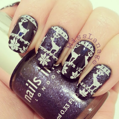 british-blogging-christmas-guest-post-blue-christmas-jumper-nail-art