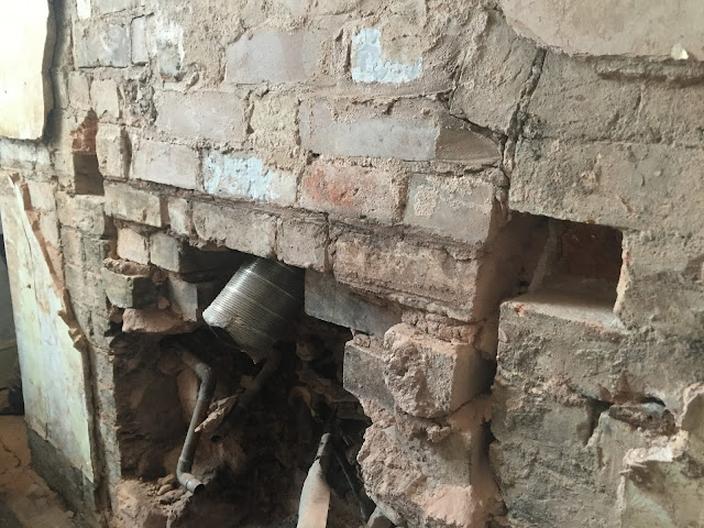 removing bricks for a lintel