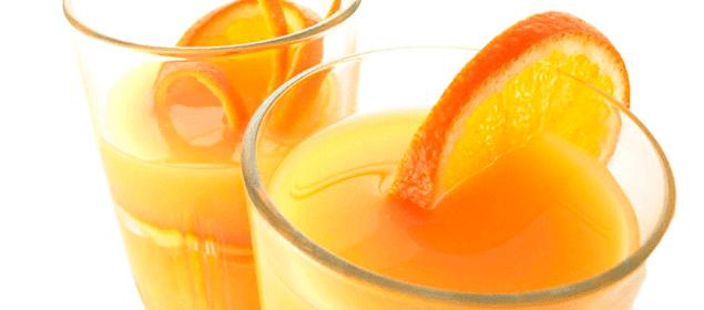 jugo de naranja para disolver las piedras del riñón