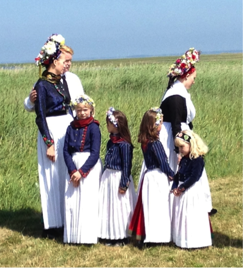Shoreline Area News: Do Your Feet Speak Danish? They Can