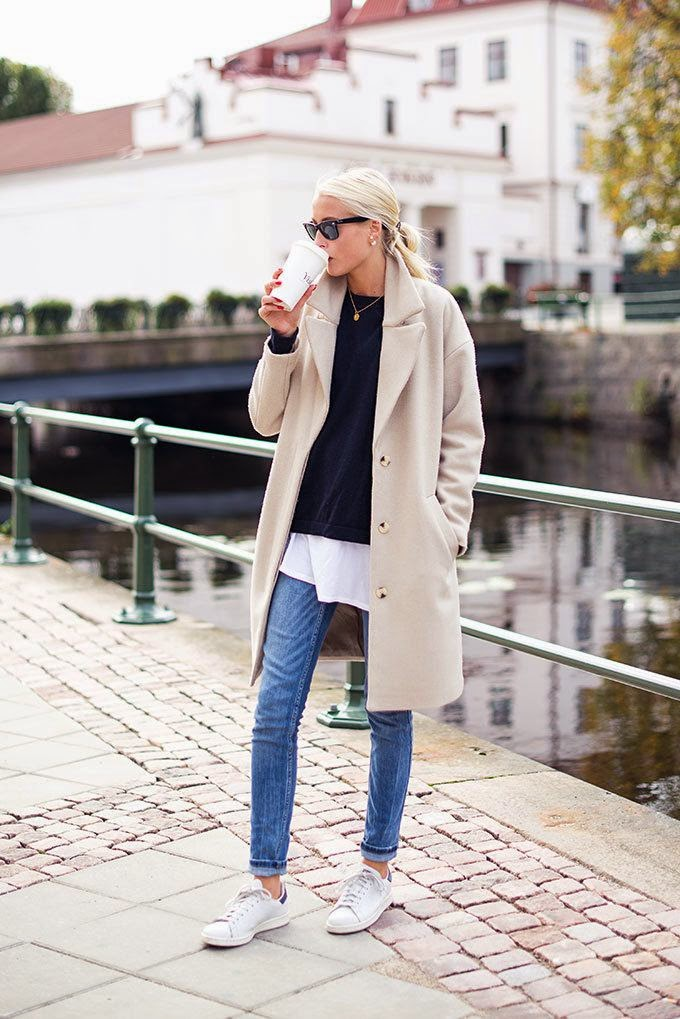 Ellen Claesson in chic white coat and jeans. #parisianstyle