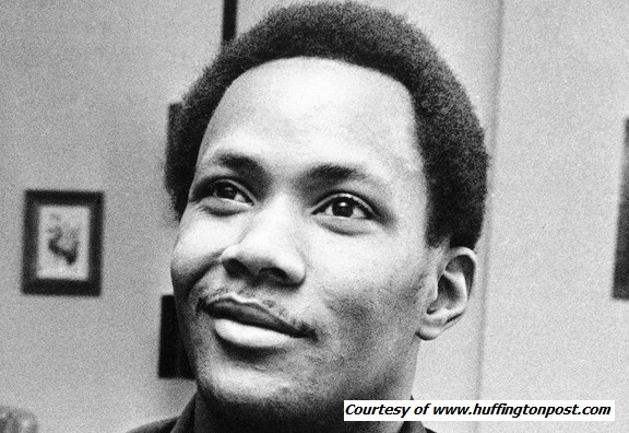 amw - Frank Wills (February 4, 1948 – September 27, 2000) was the safety guard who notified the police into a possible break in at the Watergate complex in ...