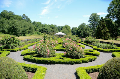 Deep Cut Gardens in Middletown