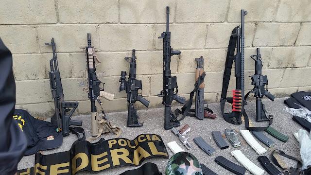 Deic apreende fuzis, pistolas e veículos de quadrilha na zona leste de SP