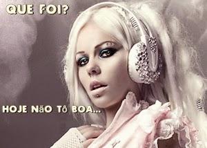 [Estressada?] Kerli responde fã brasileiro e compartilha comparação com Lady Gaga no facebook
