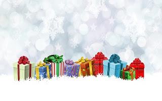 Pacchi regalo colorati
