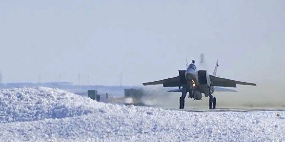 Image Attribute: MiG-31 Bort (side number) 592 takes off clutching the large Kinzhal missile under its belly. / Source: Russian Ministry of Defence  (Russia 1 TV Screengrab)