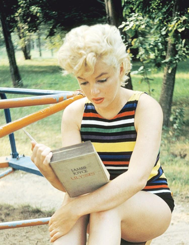 A Vintage Nerd Vintage Blog Celebrity Readers Old Hollywood Stars Classic Film Blog Marilyn Monroe Reading