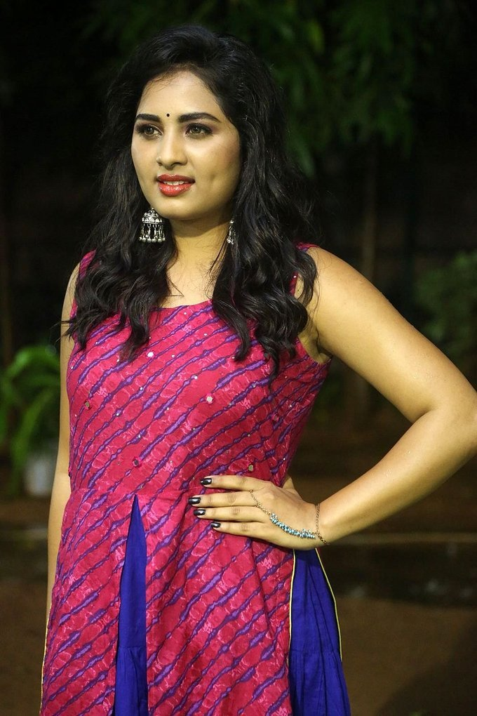 Actress Srushti Dange At Oy Ninne Audio Launch Photos