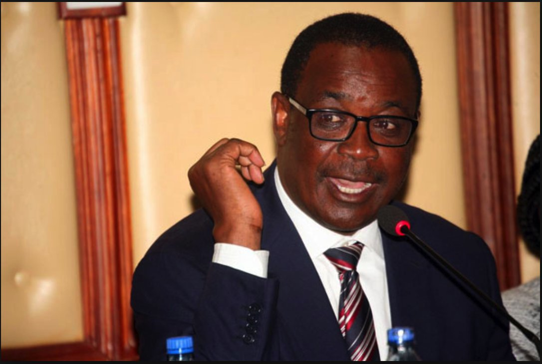 Former Nairobi Governor, Evans Kidero has been arrested yet again. Police and anti-corruption detectives apprehended him at around 11.30am on Thursday morning.   This comes after Kidero was arrested earlier over graft claims but released later on bail pending investigations.   The detectives camped at his house in Muthaiga as they searched for documents and cash believed to link the governor to corrupt deals during his term as the Governor of Nairobi.