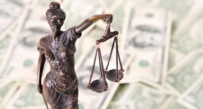 Порошенко запропонував Верховній Раді розробити закон про Антикорупційний суд