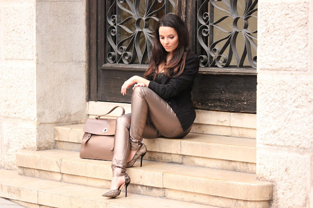 pantalones bronce