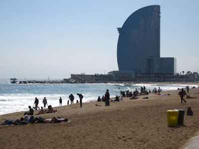 Hotel Vela next to the beach in Barcelona