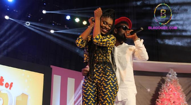 Video: Bisa Kdei And Becca Performs 'HW3' And Touching Their-selves On Stage